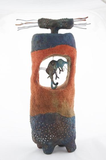 Baktay Partrícia: Pannon menhir, II., 2004