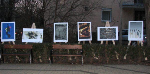 Az 56-ról szabadon... című kiállításhoz kapcsolódó szabadtéri tárlat részlete (Fotó: Varga László)